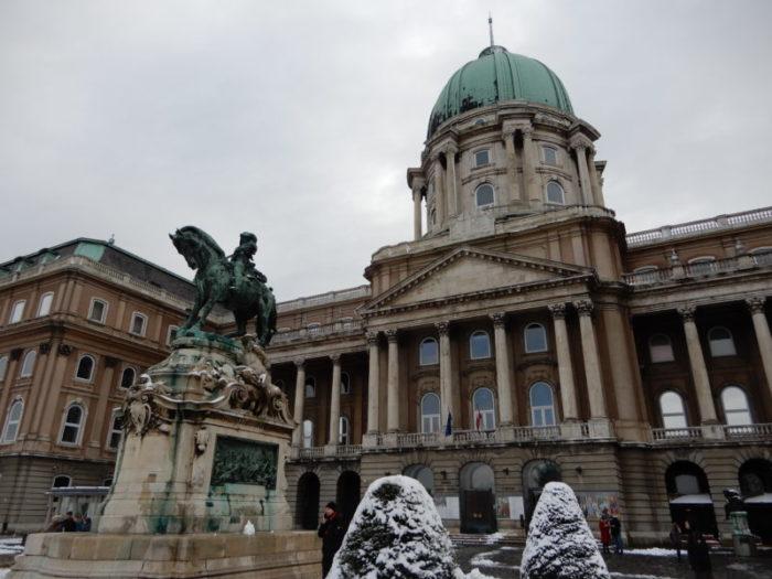budapest castle main